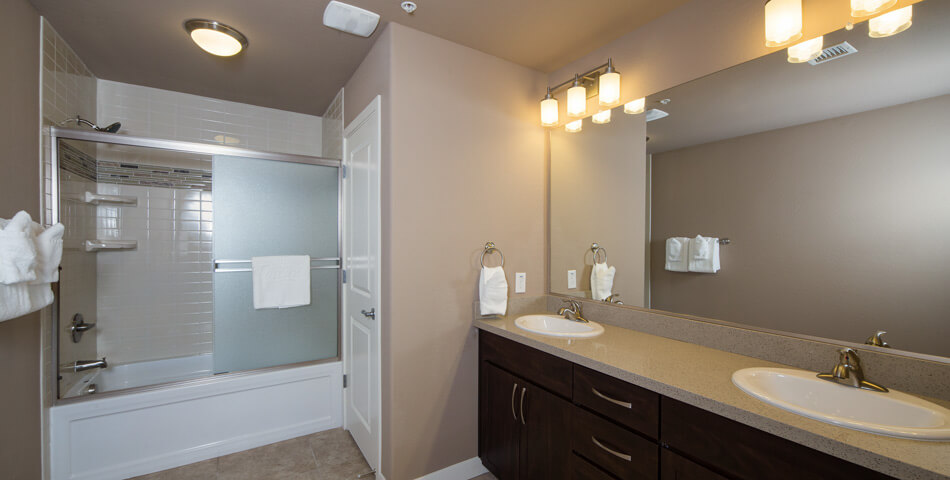 picture of the master bathroom of a two bedroom condo in Phoenix